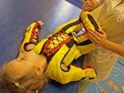 Антигравиционная терапия с помощью нейро-ортопедических костюмов